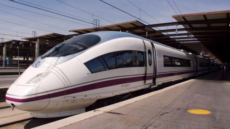 El AVE Madrid-Málaga cumple su décimo aniversario con más 20 millones de viajeros