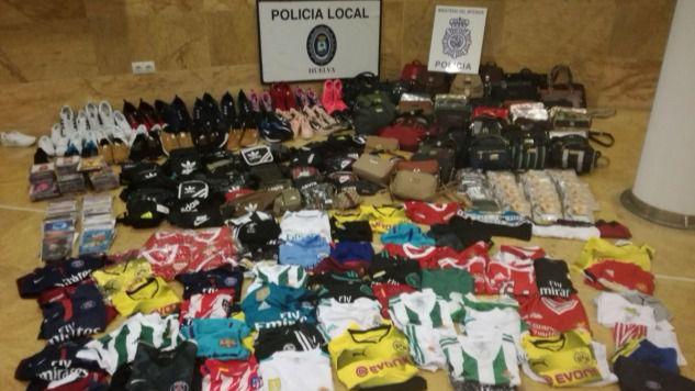 La Campaña de Prevención de la Seguridad Ciudadana en Navidad refuerza la lucha contra la venta ambulante en Huelva