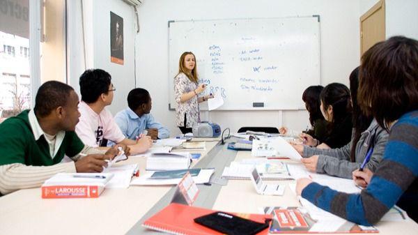 La Junta destina 437.000 euros para apoyar la creación de empresas y la innovación en la enseñanza del español para extranjeros