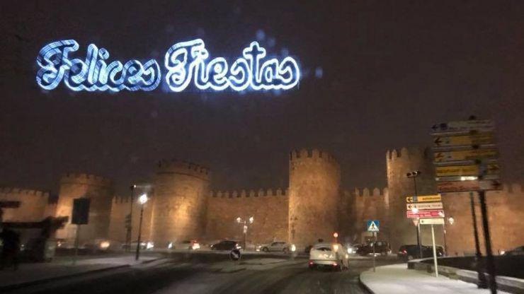 El temporal de nieve paraliza Ávila