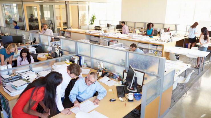 La consejería de Empleo de Castilla y León subvenciona la contratación de trabajadores de acompañamiento