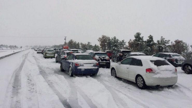 Protección Civil de Castilla y León insiste en evitar conducir durante las próximas horas ante el riesgo de nevadas