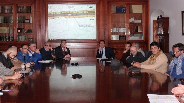 El Ayuntamiento de Sevilla presenta a entidades el nuevo proyecto para Amor de Dios