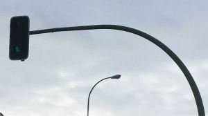 Se renuevan los reguladores de tráfico en varias de las arterias principales de El Escorial
