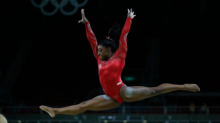Simone Biles afirma que sufrió abusos sexuales del exmédico del equipo olímpico