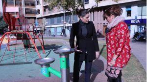 Castellón instala fuentes con surtidores a tres alturas adaptadas a personas con movilidad reducida y con bebedero para mascotas