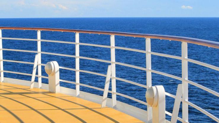 Encuentra la muerte en un crucero