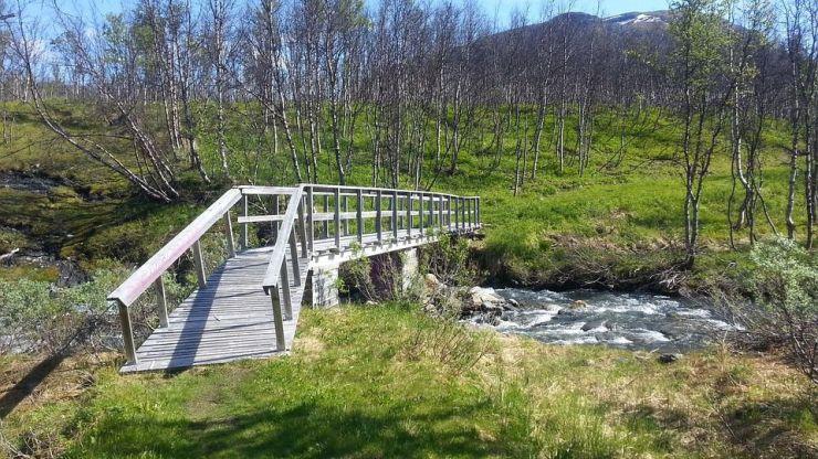 La Junta se reúne con las asociaciones provinciales de turismo rural