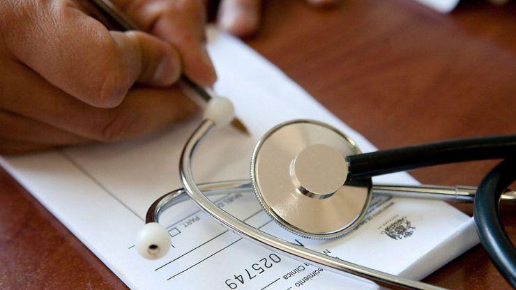 Los enfermeros quieren empezar ya a prescribir recetas