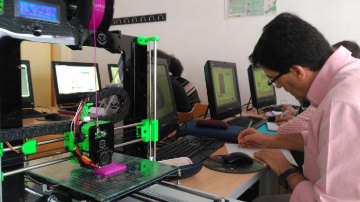 Profesores de Castilla y León se forman este curso en técnicas de impresión 3D y de realidad virtual