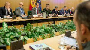 Los representantes de la Policía y Guardia Civil alcanzan con Zoido una 'propuesta de acuerdo' sobre equiparación salarial