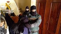 Detenidos dos hermanos que vendían cocaína en Las Navas del Marqués (Ávila)