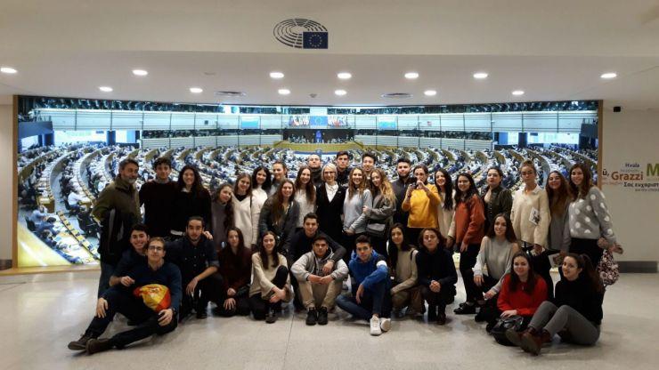 Alumnos del IES El Burgo-Ignacio Echeverría de Las Rozas visitaron el Parlamento Europeo