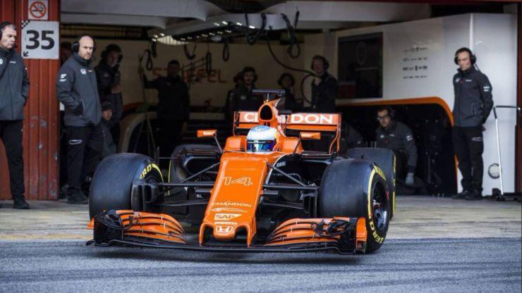 McLaren sigue sin superar sus problemas en la pretemporada