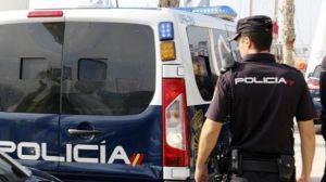 La Policia Nacional detiene a tres personas en el Pais Vasco por ensalzar a ETA