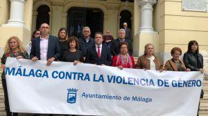 Dos minutos de silencio por los dos últimos asesinatos de mujeres víctimas de Violencia de Género en Málaga