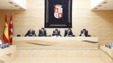 La Junta propone más actividad económica y creación de empleo