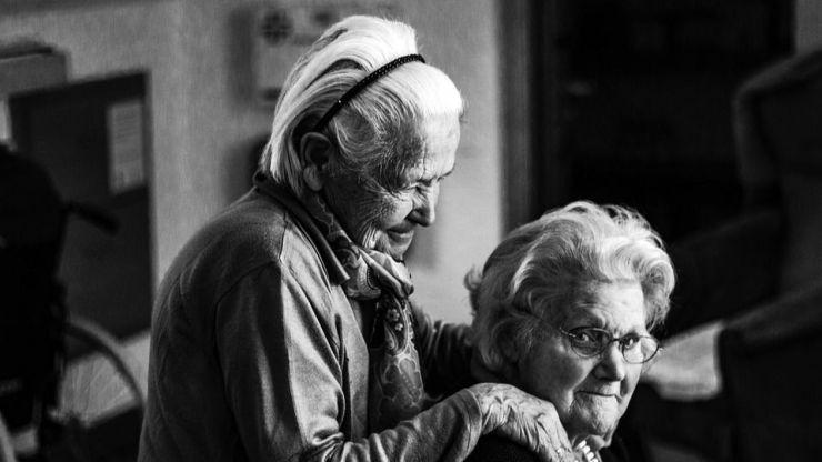 Pozuelo de Alarcón impulsa una campaña de prevención de accidentes para personas mayores