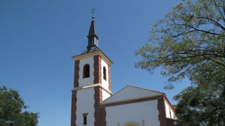 Pozuelo recuerda al párroco Don José Manuel en un funeral oficiado por el Cardenal Arzobispo de Madrid, Carlos Osoro