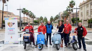 Las vespas y lambretas pasearán la candidatura de Almería 2019 en el V Rallye Scoote
