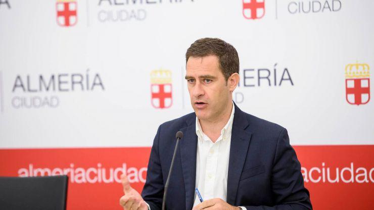 """El Ayuntamiento de Almería desestima """"íntegramente"""" las alegaciones formuladas por la empresa que ejecuta las obras de la Plaza Vieja"""