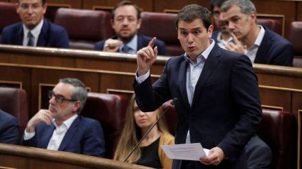 Rivera tilda de tibio a Rajoy y le retira el apoyo