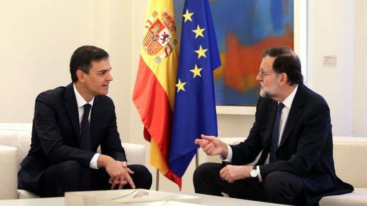 Rajoy y Sánchez pactan medidas contra las posibles actuaciones de Torrá