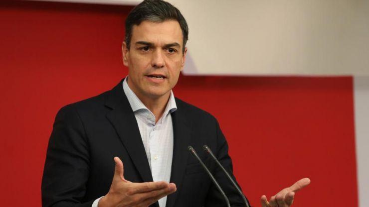 Pedro Sánchez prepara la moción hablando con los demás líderes opositores