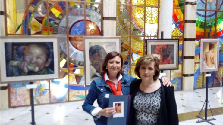 El Ayuntamiento de Jaén inaugura la exposición 'Sensaciones' de María Carmen Yáñez