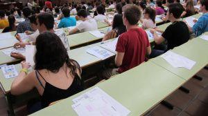 Más de 2.900 estudiantes de Castilla y León reciben una beca para realizar sus estudios universitarios en el curso 2017-2018