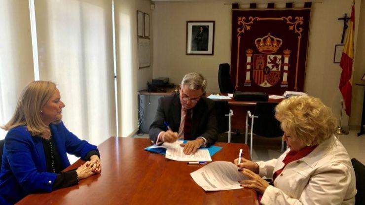 Acuerdo entre el Ayuntamiento y el Club Reina Sofía para desarrollar actividades dirigidas a los mayores de Majadahonda