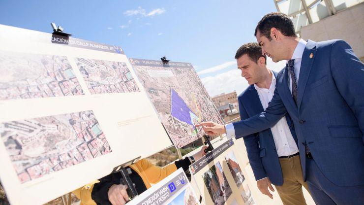 El alcalde de Almería presenta el Plan Alcazaba-La Hoya-San Cristóbal
