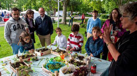 La celebración del Día Mundial del Medio Ambiente congrega a cientos de vecinos en Pozuelo
