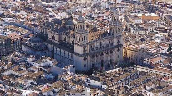 El Ayuntamiento de Jaén consolida el programa 'Jaén Llave en mano' para