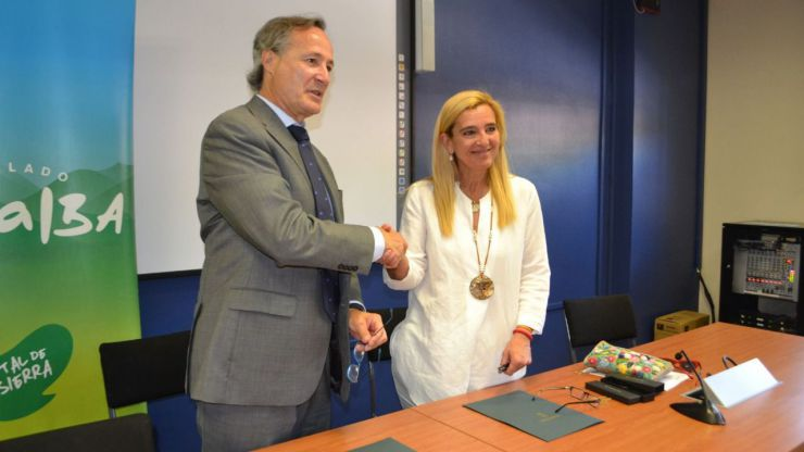 El Ayuntamiento de Collado Villalba firma un convenio para facilitar el acceso al empleo en el sector de la construcción