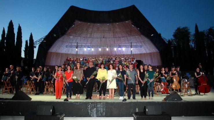 La Unión Musical de Pozuelo y las voces de coros escolares de la ciudad protagonizaron un gran concierto en el Auditorio El Torreón