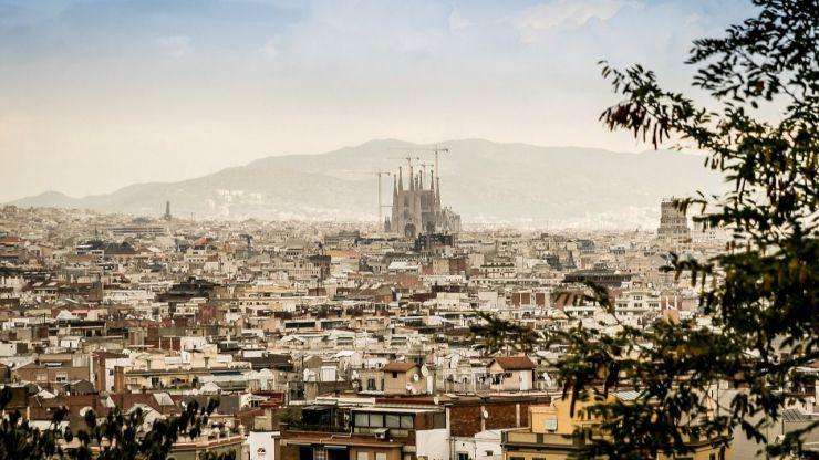 Reyes Maroto anuncia la creación de una Red de Destinos Turísticos Inteligentes