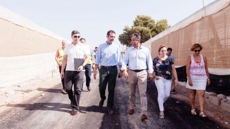 El Ayuntamiento de Almería invertirá en la mejora de los caminos rurales de 'Mazarrulleque', y 'Perales'