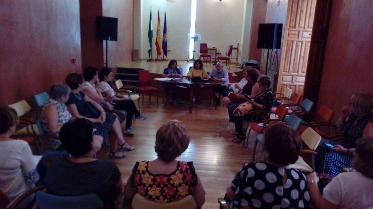 El Ayuntamiento de Jaén invita a las asociaciones de vecinos a realizar actividades que fomenten la igualdad