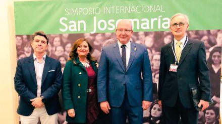 El alcalde de Jaén valora la 'implicación' de personas comprometidas con la sociedad para mejorarla desde la Fe