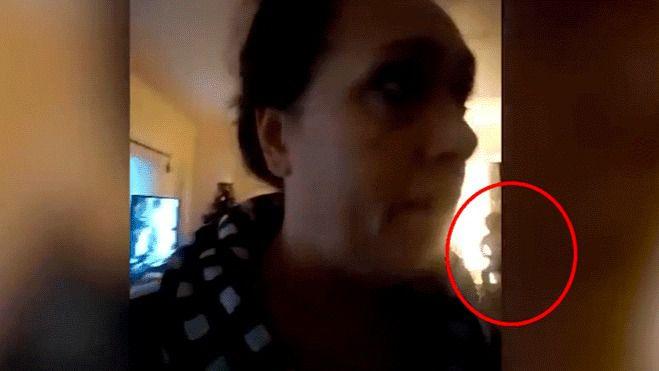 Hablaba por videollamada cuando en la pantalla apareció… [VIDEO]