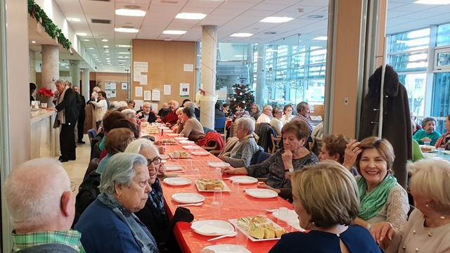 El ayuntamiento de Villanueva de la Cañada organiza la tradicional fiesta de reyes para los mayores