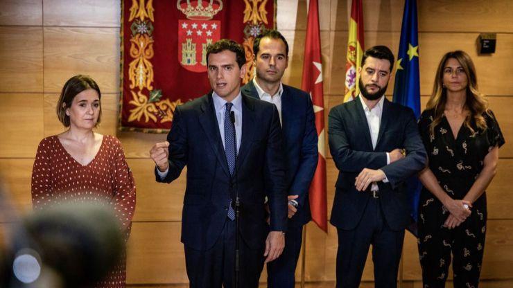 Rivera insta a Sánchez