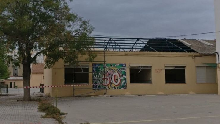 Dan comienzo los derribos de los cuarteles de la calle Sant Vicent de València
