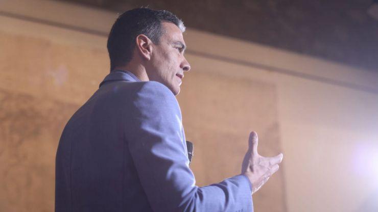 Sánchez: 'Si con Rajoy se triplicaron los independentistas, imaginaos con los tres de Colón'