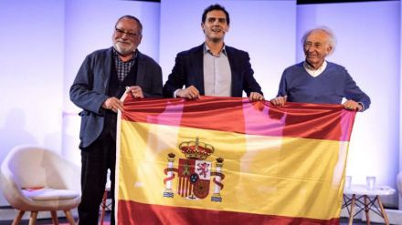 Rivera pide el apoyo de los 'socialistas moderados' que temen que Sánchez pacte con Torra