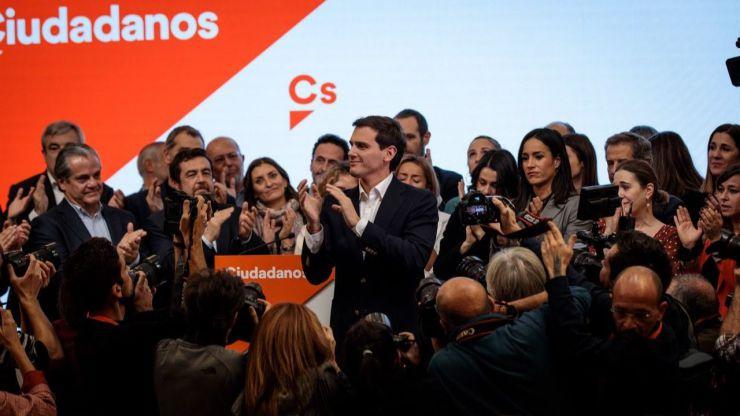 Rivera abandona la política para que Cs pueda resurgir de sus cenizas tras el 10N