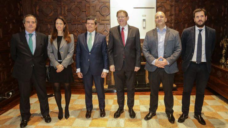 Puig crea un grupo de trabajo con la Sareb para aumentar la oferta de vivienda social