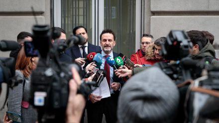 Bal pide a los barones socialistas que 'echen atrás los pactos de Sánchez' con ERC y el PNV