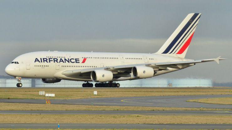 Hallado un niño sin vida en un avión que voló de Costa de Marfil a Francia